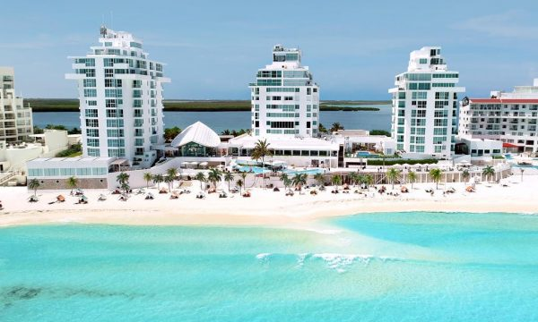 Oleo Cancun Playa All Inclusive Boutique Resort -beach