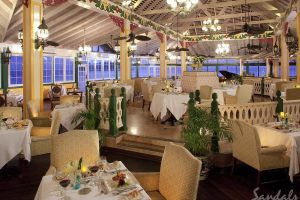 Dining 2 - Sandals Halycon - St Lucia